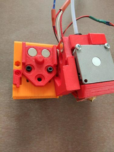 DICE x carriage adapted to OpenBuilds mini v wheel plate 3D Print 18389