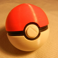 Small Pokeball (opens and closes) 3D Printing 2412