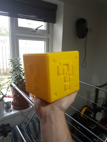 Mario ? Bank with Print in Place Plug 3D Print 28033