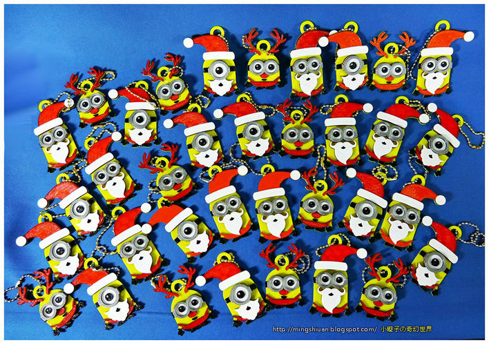 Minions Keychain / Magnets -Christmas cute version 3D Print 4458