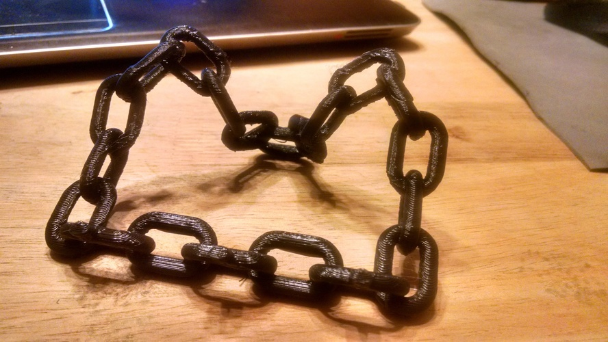 Chain Link Tablet Stand 3D Print 4492