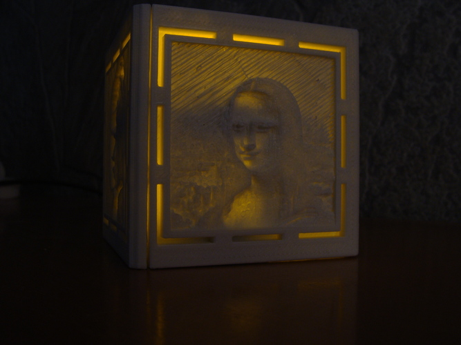 [PICtart] Lightcube with Lithophane Paintings 3D Print 4685
