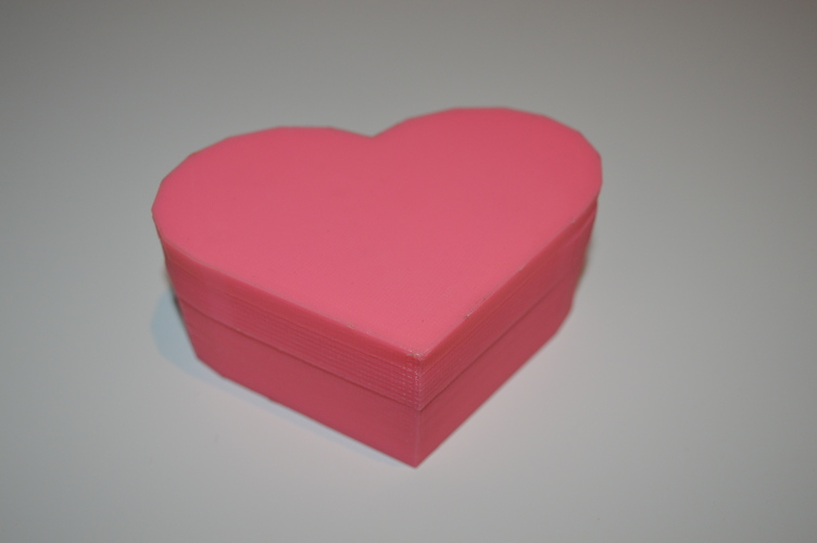 Heart-Shaped Box with Lid 3D Print 5052