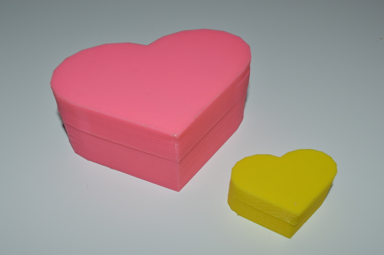 Heart-Shaped Box with Lid 3D Print 5053