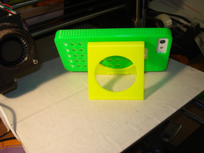 iPhone and iPad stand-REV. 2 3D Print 9030