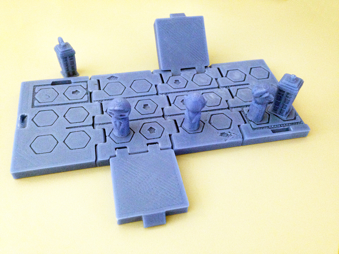 TARDIS Run board game Print-In-One 3D Print 9161